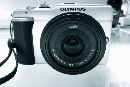 The 20 mm f/1.7 Panasonic Pancake Lens on the Olympus E-PL1