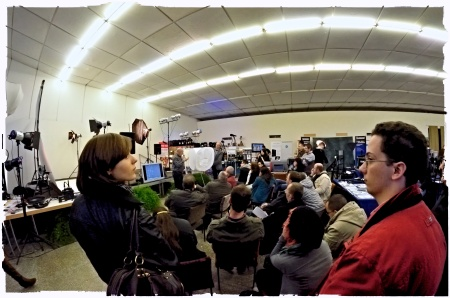 At the Photo Fair (Nikon D7000, Walimex f/3,5 8mm, f/16, 1/60 sec., ISO 6400, diverse Nik Software filters)