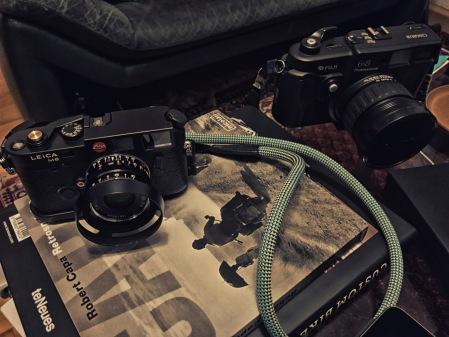 Leica bondage