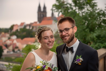 Couple portrait with aura