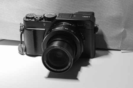 In use, the lens extends phallically.